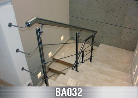 BA032