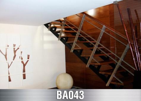 BA043