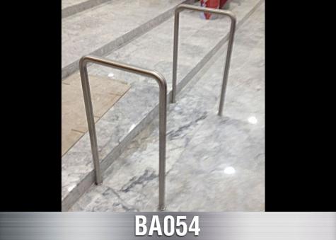 BA054