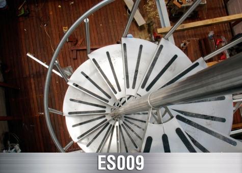 ES009