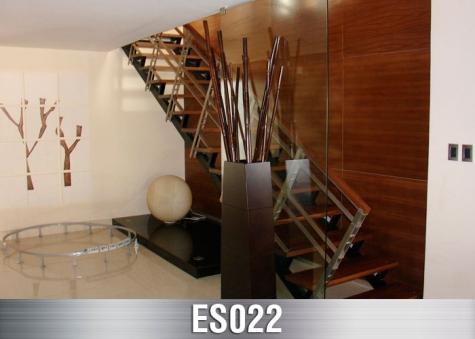 ES022