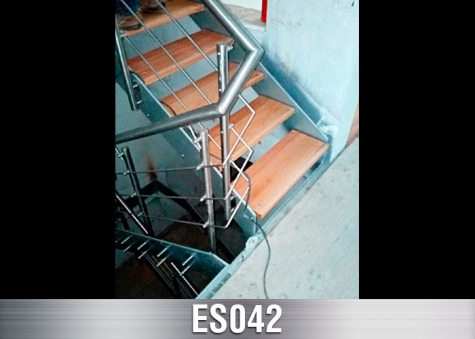 ES042