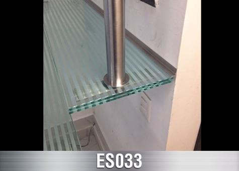 ES033
