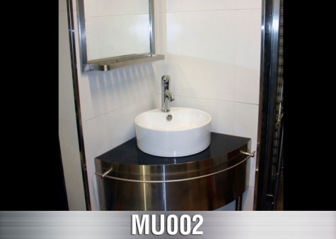 MU002