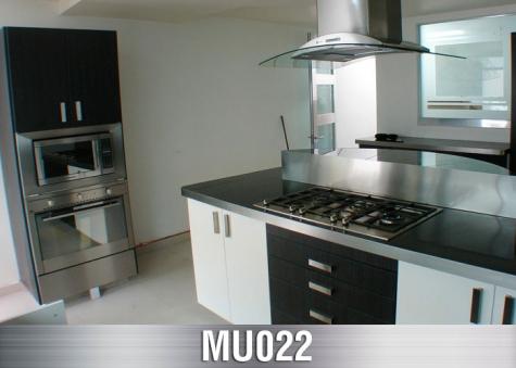 MU022