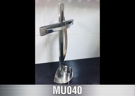 MU040