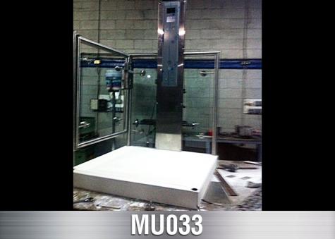 MU033